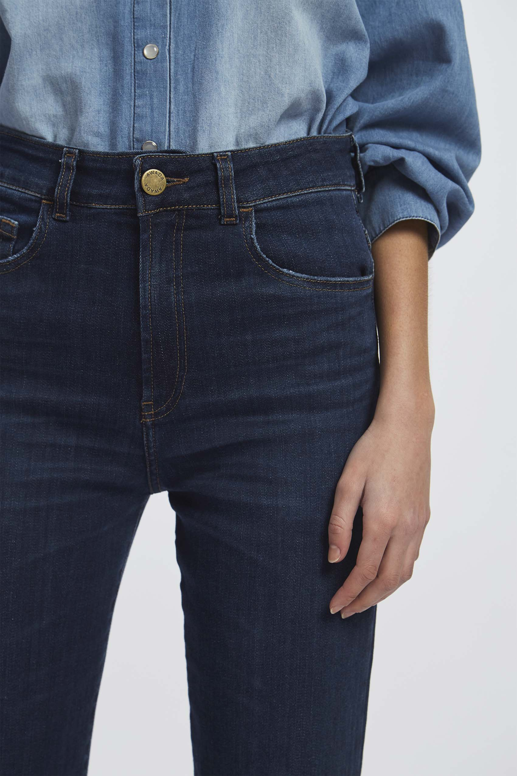 awada_oxford-cropped-jim_40-30-2020__picture-16275