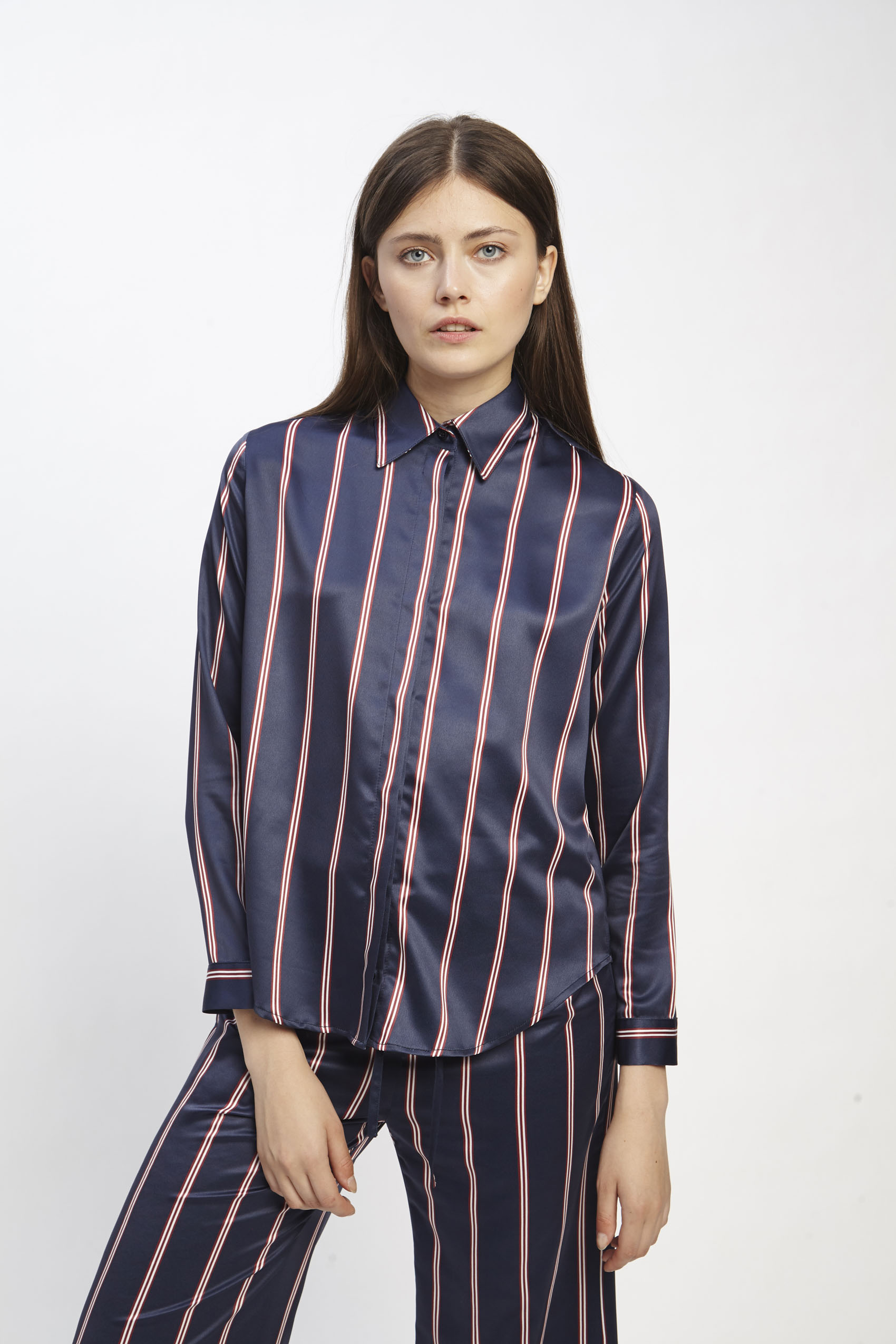 awada_camisa-erin_06-23-2019__picture-1873
