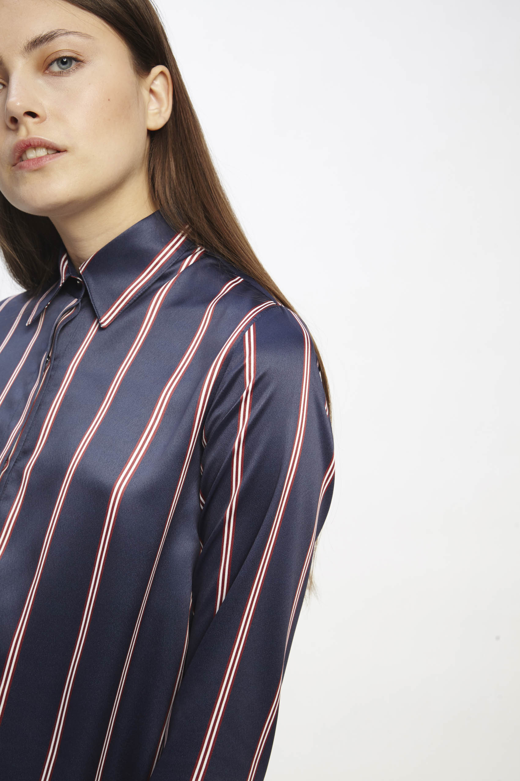 awada_camisa-erin_06-23-2019__picture-1874