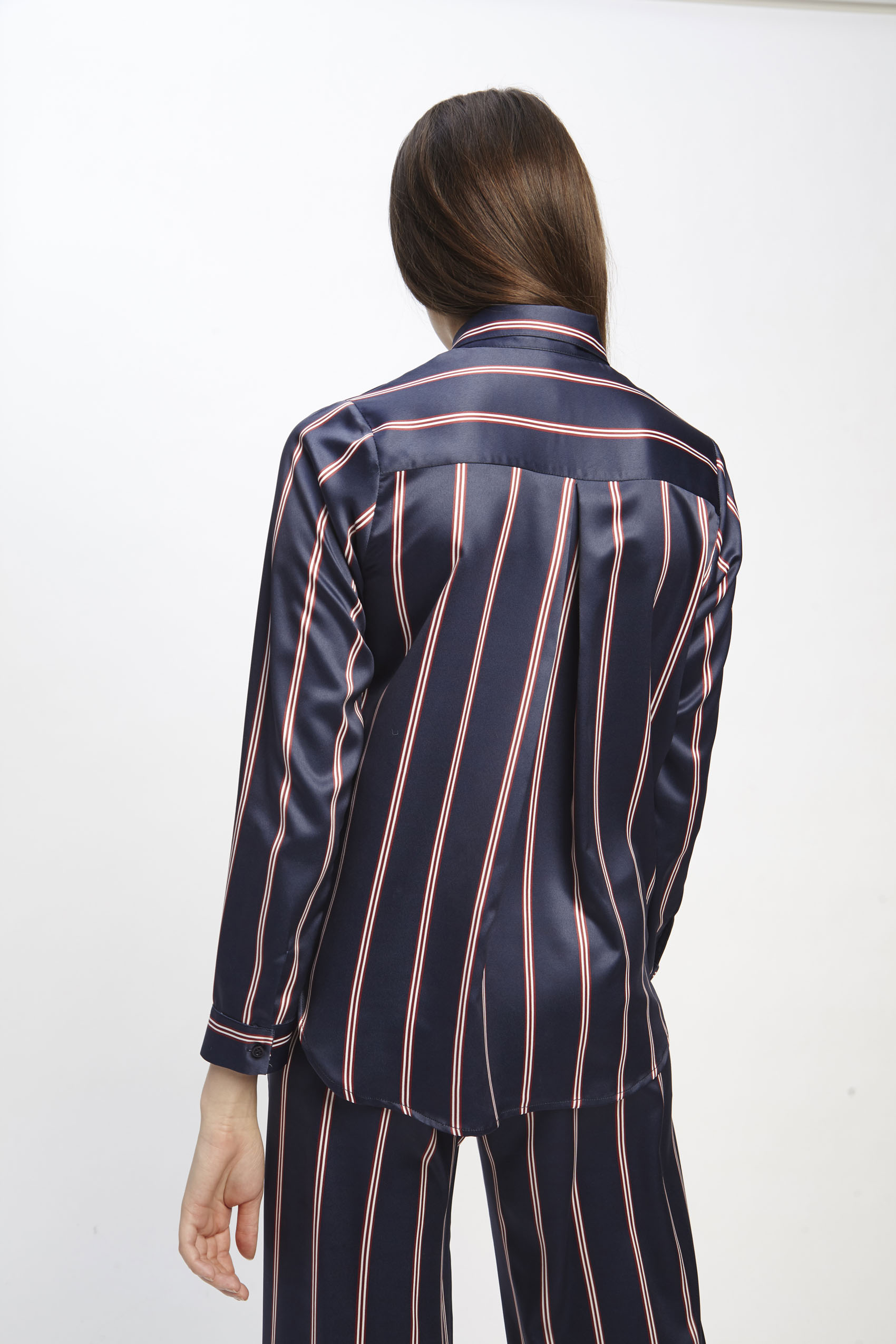 awada_camisa-erin_06-23-2019__picture-1875