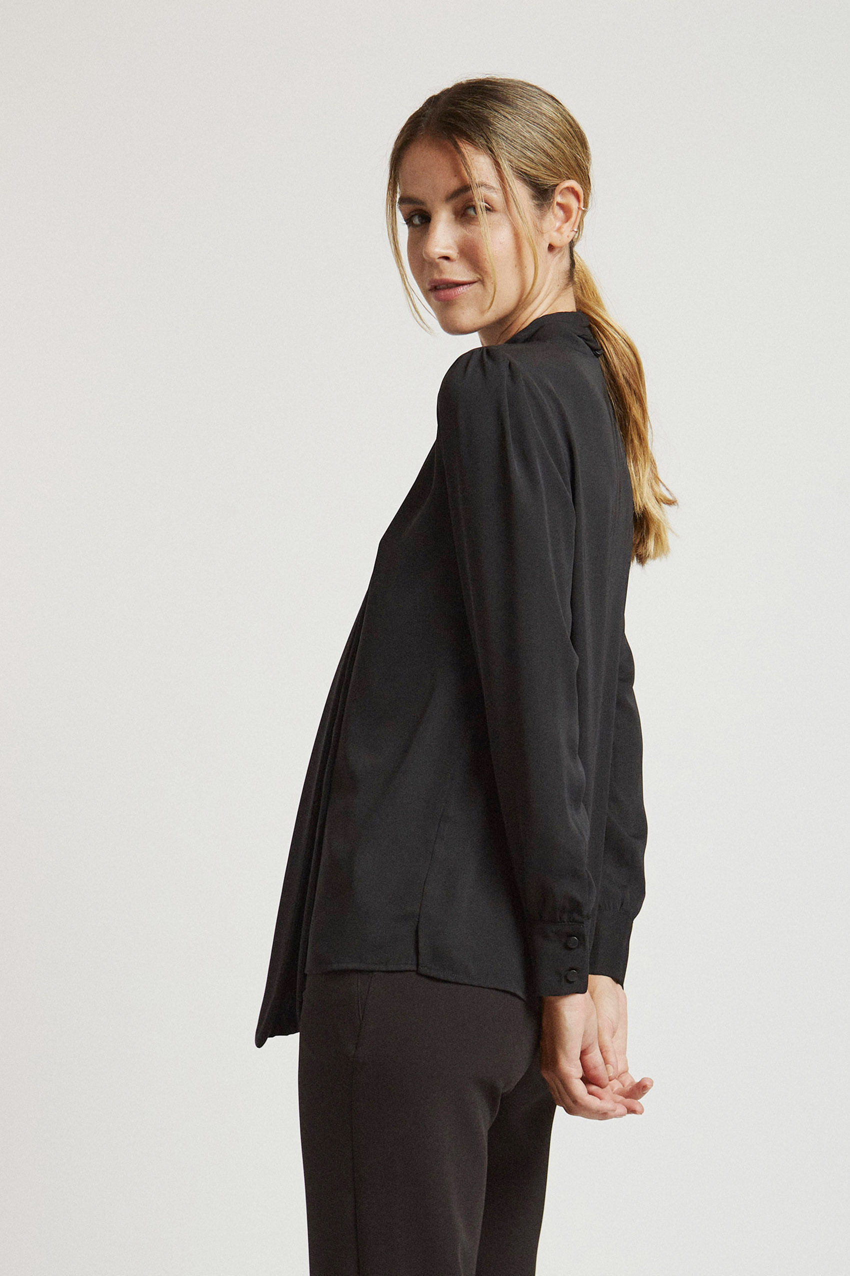 awada_camisa-amelie_48-06-2021__picture-20252