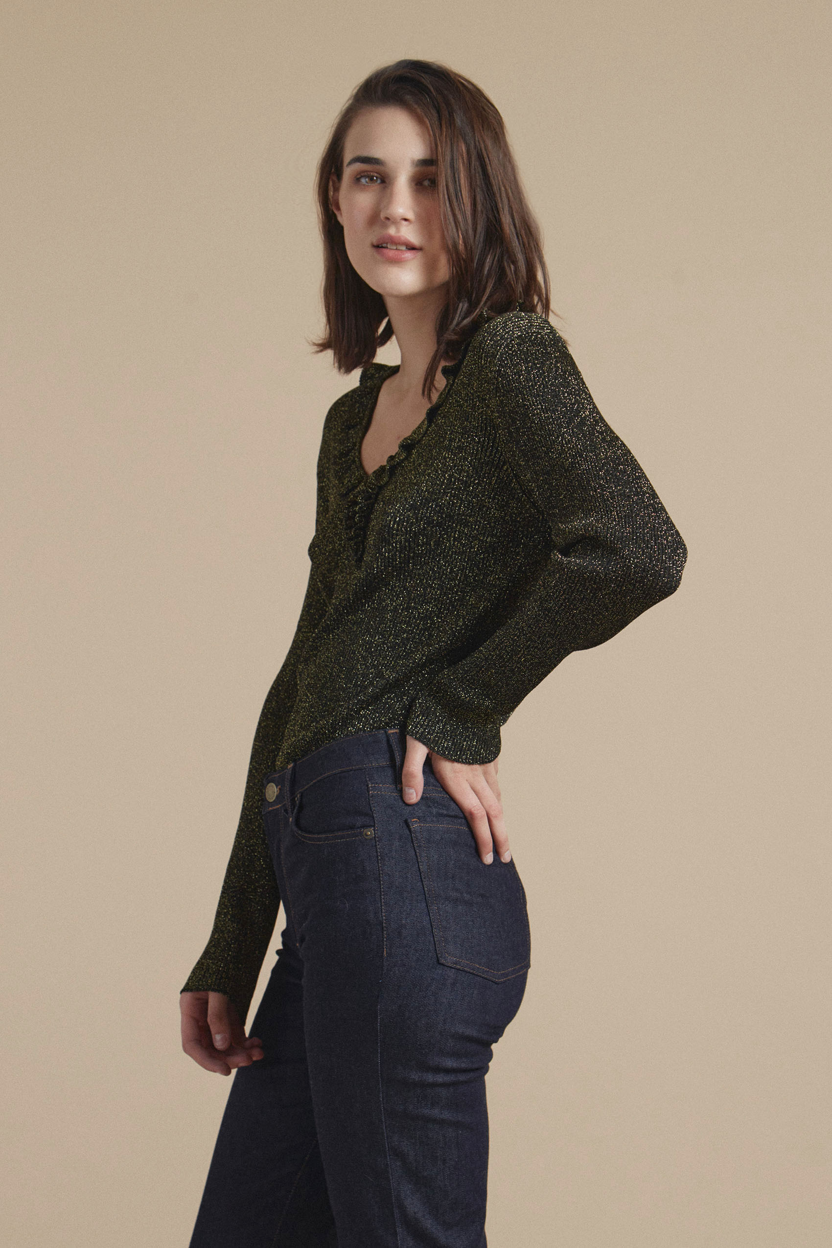 awada_sweater-sophie_54-29-2021__picture-20653