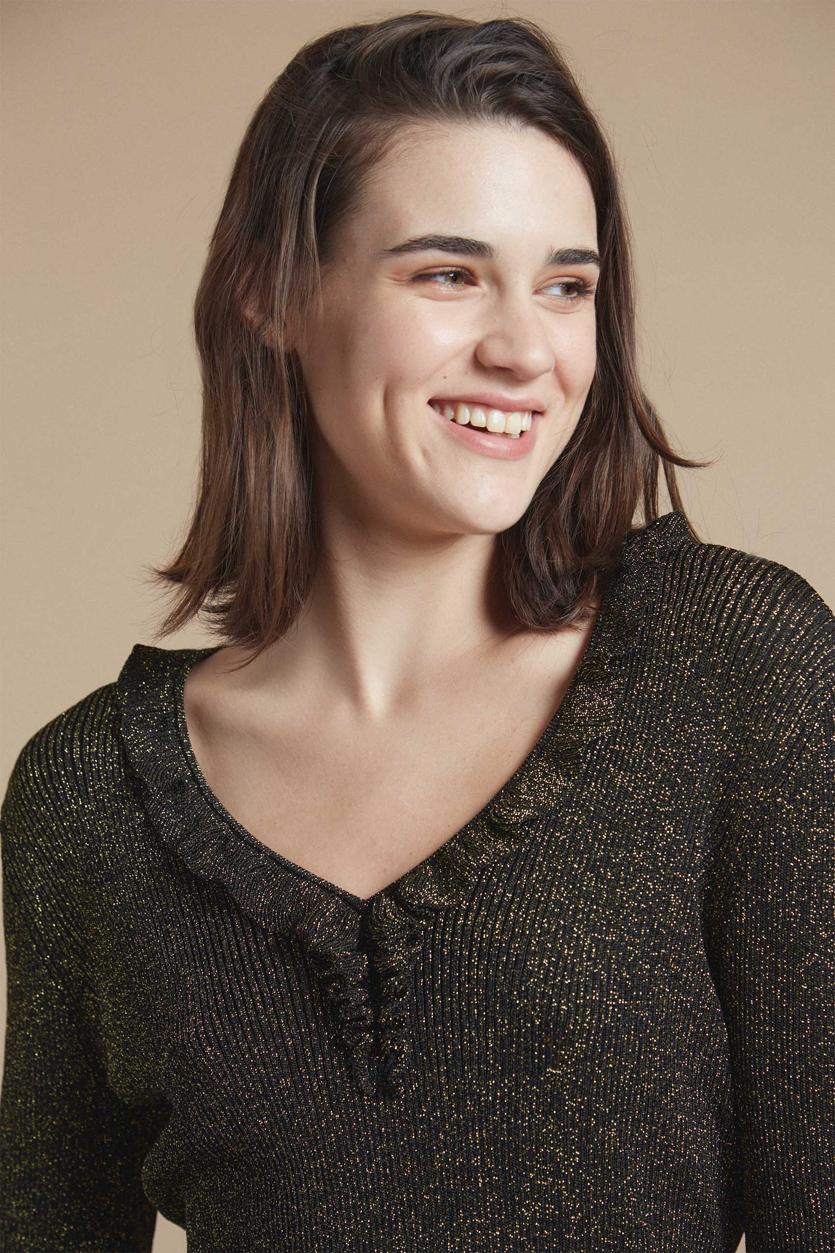 awada_sweater-sophie_54-29-2021__picture-20656
