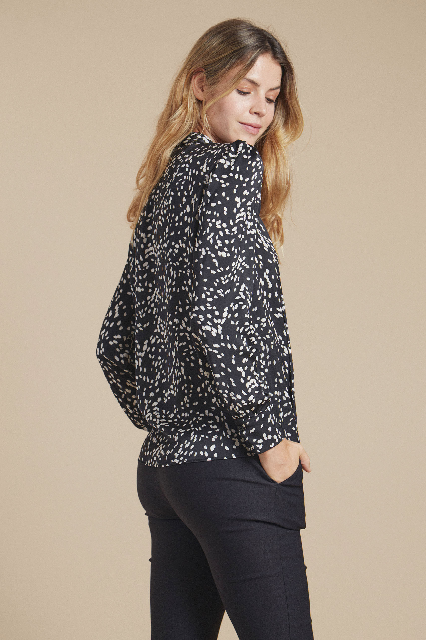 awada_camisa-amy_41-13-2021__picture-21054