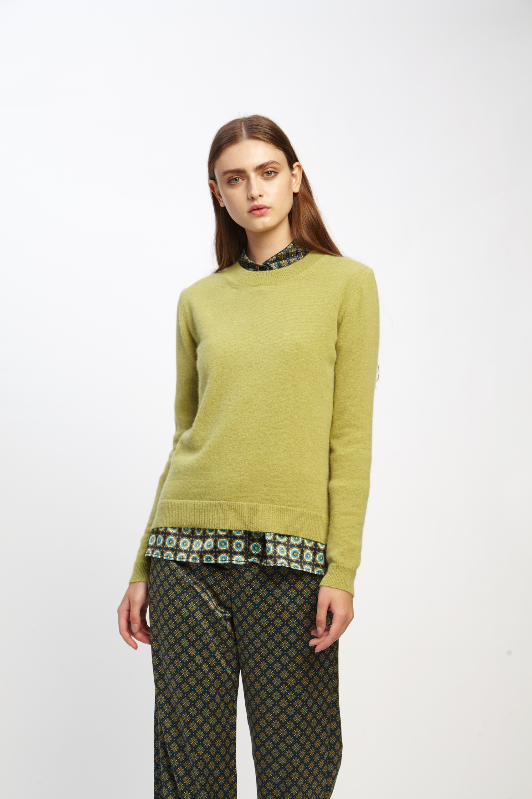 awada_sweater-elin_44-16-2020__picture-2494