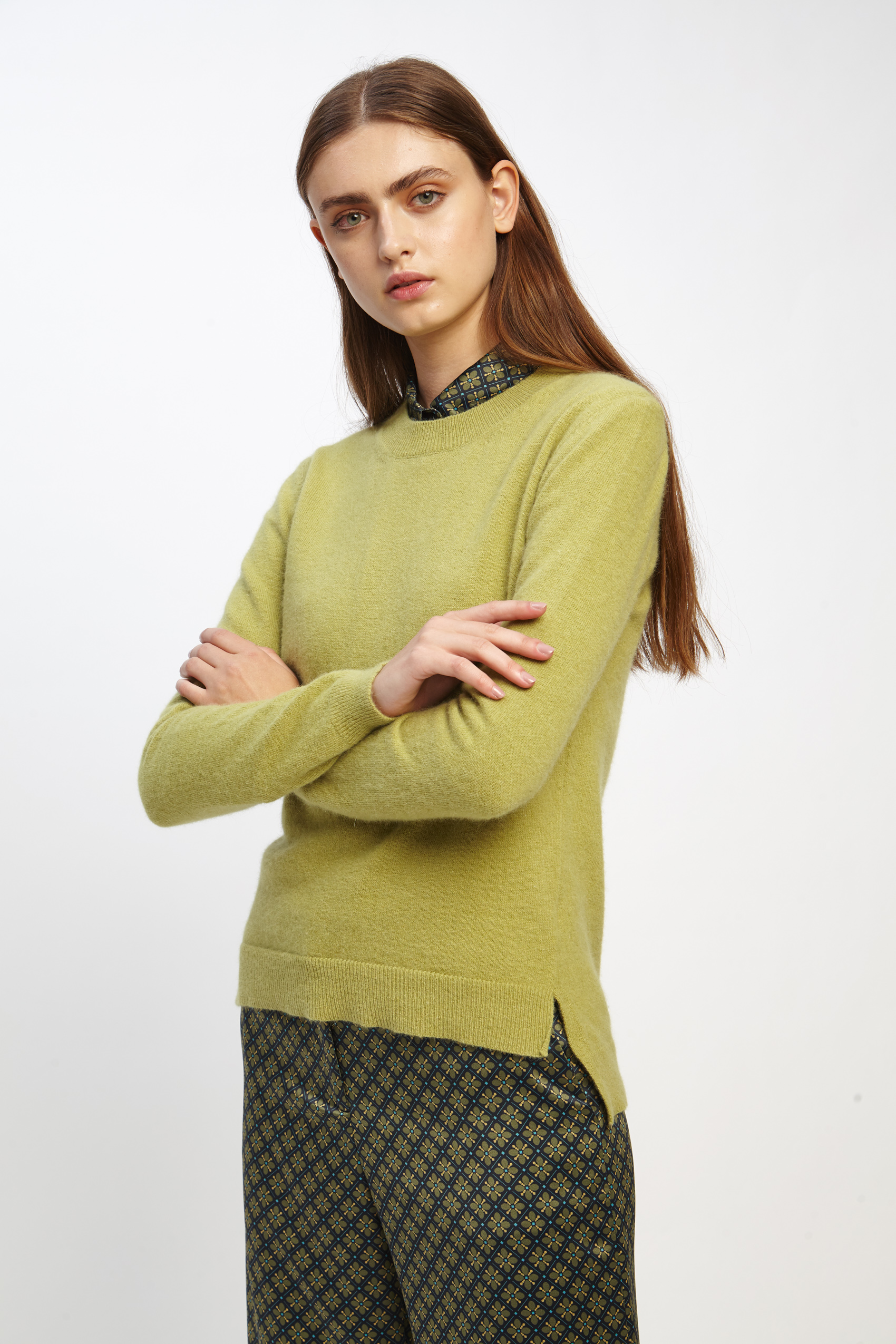awada_sweater-elin_44-16-2020__picture-2495