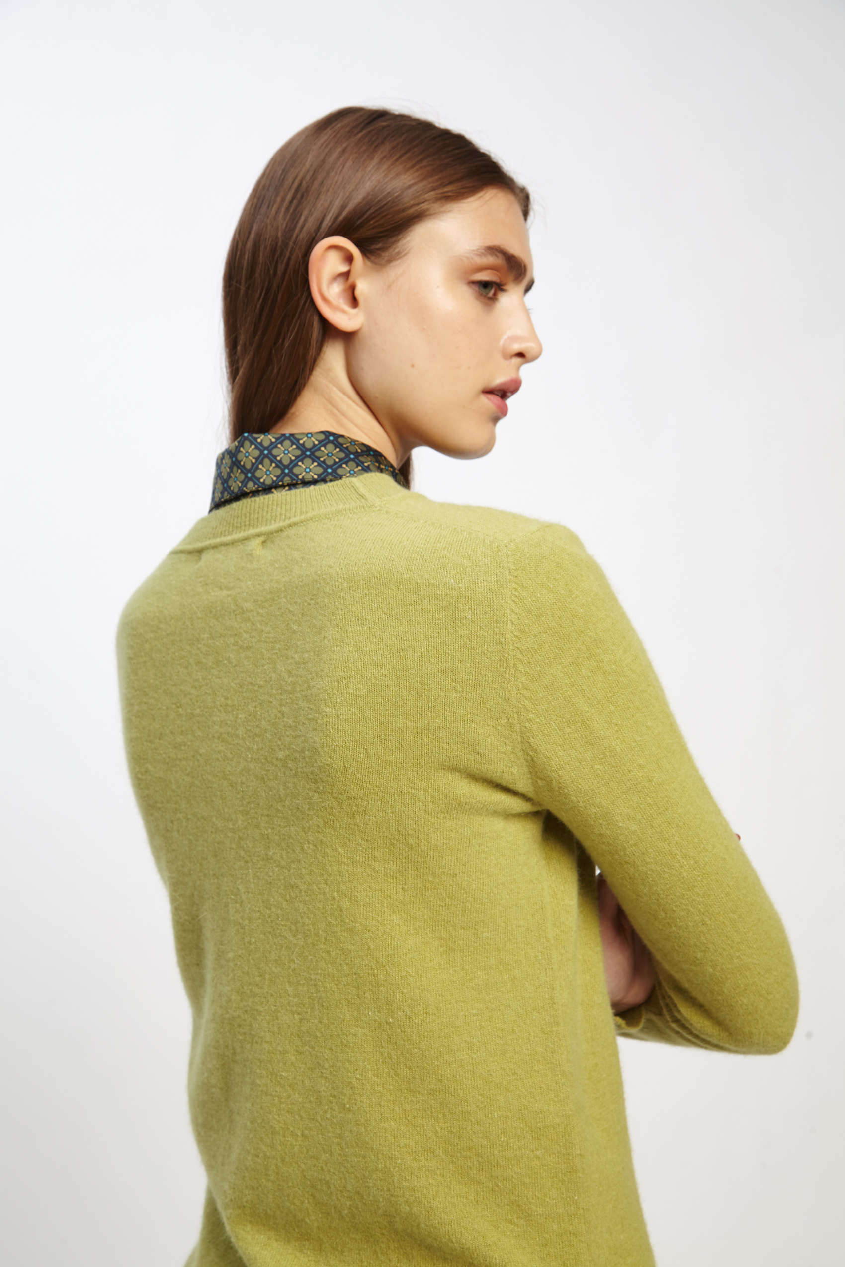 awada_sweater-elin_22-20-2019__picture-2498