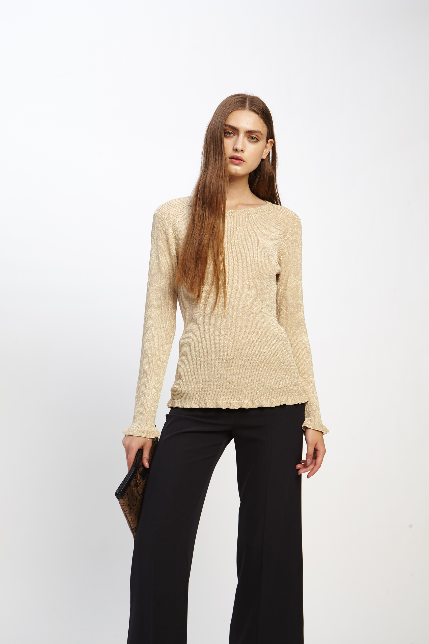 awada_sweater-celine_23-17-2019__picture-2507