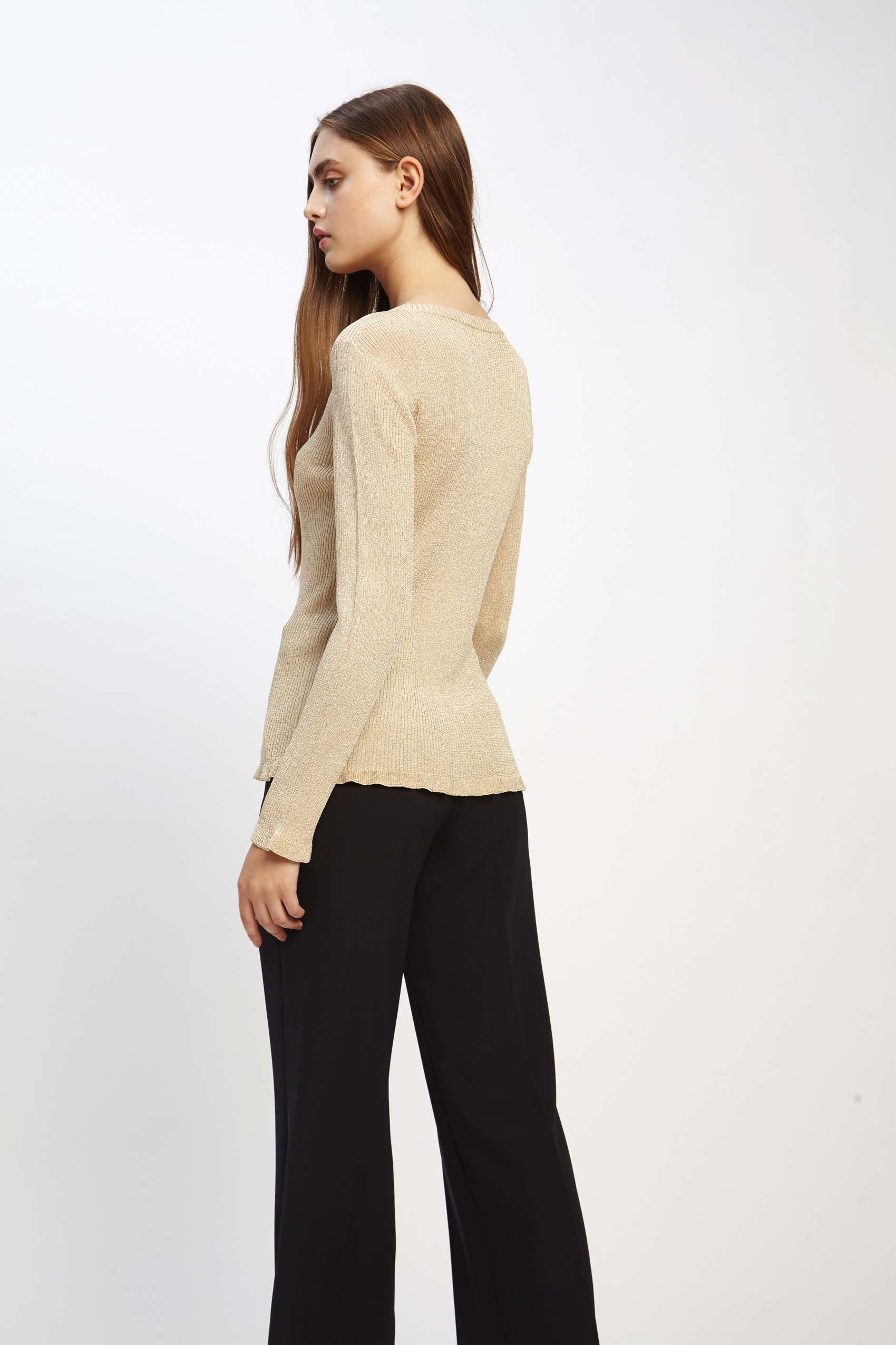 awada_sweater-celine_23-17-2019__picture-2510